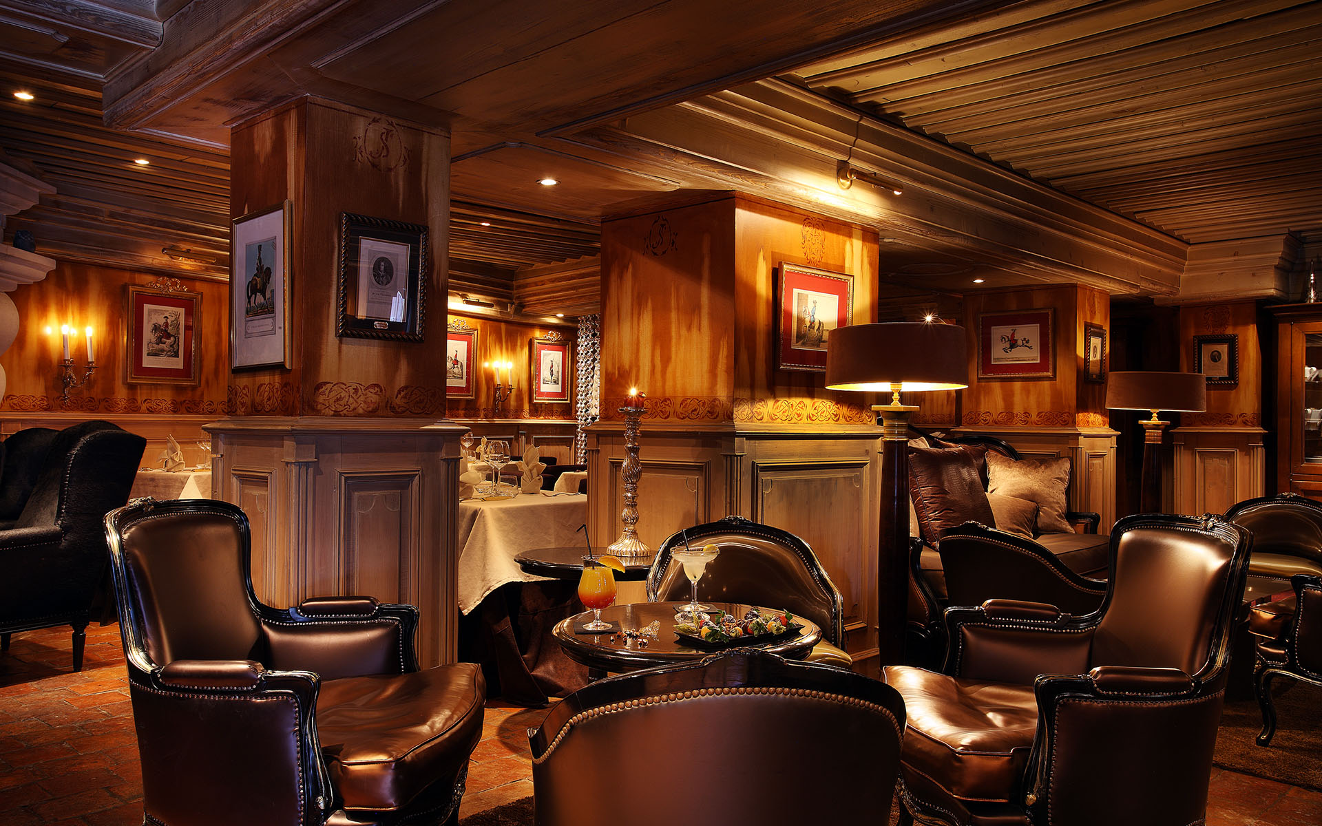 290/Hotel Saint Joseph/Restaurant/Bar/Saint_joseph_courchevel_bar4.jpg